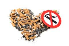 Nicotine sur le blanc photographie stock