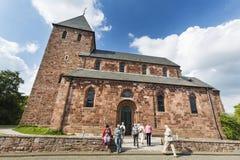 Nideggen kyrka i Eifelen, Tyskland, ledare royaltyfri bild