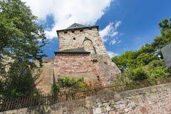 Nideggen slotttorn i Eifelen, Tyskland fotografering för bildbyråer