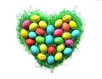 Nido del cuore dell'uovo di Pasqua Immagini Stock