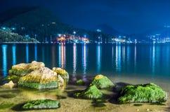 Nidri-Bucht bis zum Nacht Lizenzfreies Stockbild