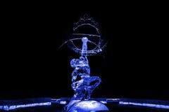 Nieśmiertelny Kuafu lodowej rzeźby błękit fotografia stock
