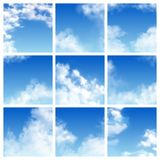 Nieba błękit i chmurnieliśmy linii horyzontu niebiański tapetowy ilustracyjnego ustawiającego cloudscape z puszystym ilustracji