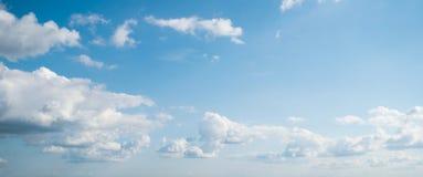 Nieba i chmur dnia lato fotografia stock