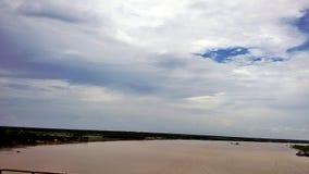 Nieba i rzeki spotkanie w końcówce Fotografia Royalty Free
