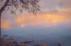 Nieba tło na zmierzchu, nadbrzeże składu projekta elementu natury raj Panoramiczny zmierzchu nieba tło Taganrog zatoka, Azov morz Fotografia Stock