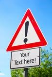 Niebezpieczeństwa naprzód roadsign podwyżki uwaga Obraz Stock