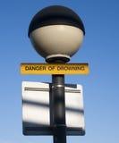 Niebezpieczeństwo tonięcie znak Zdjęcia Stock