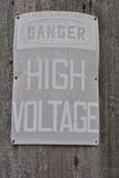 Niebezpieczeństwo woltażu Wysoki znak Fotografia Stock