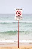 Niebezpieczeństwo znak na plaży Obraz Stock