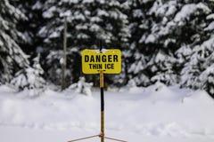 Niebezpieczeństwo Cienki lód Zdjęcia Stock
