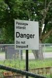 niebezpieczeństwo linii kolejowej znak Zdjęcia Royalty Free