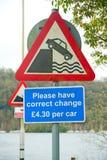 Niebezpieczeństwo znak przy promu terminal Zdjęcia Stock