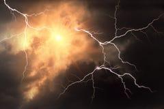 Niebezpieczna Błyskawicowa burza zdjęcie royalty free
