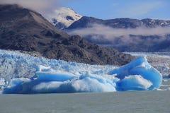 niebieska góra lodowa Fotografia Royalty Free