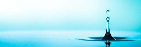 niebieska kropel wody zdjęcie royalty free