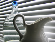 niebieska kula szklany życie wciąż Zdjęcia Royalty Free