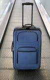 niebieska walizka Obrazy Stock