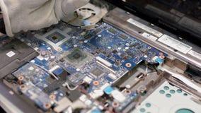 niebieski chip komputerowy odcień Lutowniczy żelazo zbiory wideo