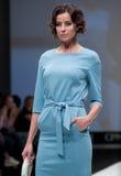 niebieski fotografa mody flash pokaz odcień Kobieta wizerunek i styl Obraz Stock