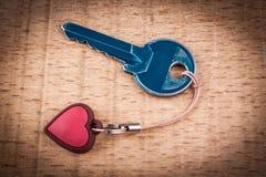 niebieski klucz obrazy stock