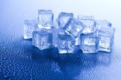 niebieski kostek lodu tło Obraz Stock