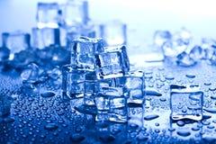 niebieski kostek lodu tło Zdjęcia Stock