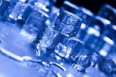 niebieski kostek lodu tło Zdjęcia Royalty Free