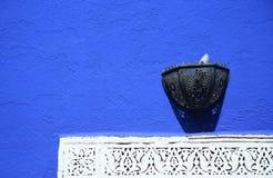 niebieski mur Obrazy Royalty Free