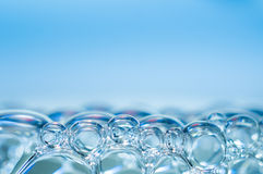 niebieski płyn do struktur tonacja mydła Zdjęcie Stock