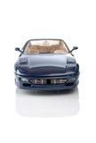 niebieski samochód odzwierciedlenie Zdjęcia Stock