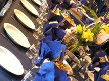 niebieski strony stołu obrazy stock