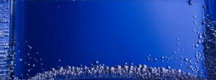 niebieski tła pęcherzyków woda w wannie Obraz Royalty Free