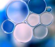 niebieski tła pęcherzyków woda w wannie Obraz Stock