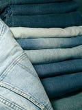 niebieskie dżinsy drelichowi Zdjęcia Stock