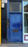 niebieskie drzwi Zdjęcia Royalty Free