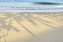niebieskie morze piasek ciepła ciemniutki Zdjęcia Stock
