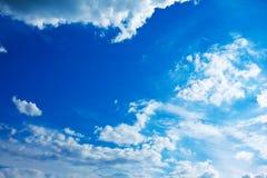 niebieskie niebo Zdjęcia Royalty Free