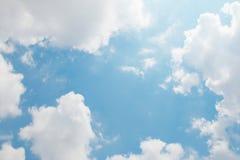 niebieskie niebo ani białe Zdjęcie Royalty Free