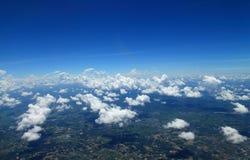Niebieskie niebo chmury, niebieskie niebo z chmurami Zdjęcie Royalty Free