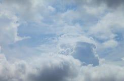 Niebieskie niebo chmury, niebieskie niebo z chmurami Obrazy Stock
