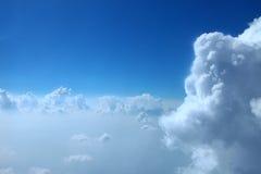 Niebieskie niebo chmury, niebieskie niebo z chmurami Fotografia Royalty Free