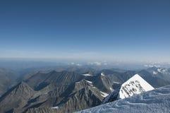 Niebieskie niebo góra Altai fotografia royalty free
