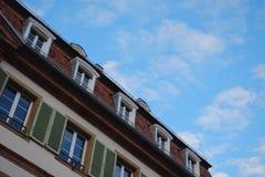 Niebieskie Niebo i budynek Fotografia Stock