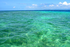 Niebieskie niebo i morze Zdjęcia Royalty Free