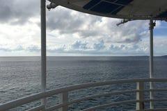 Niebieskie niebo, ocean, cloudscape w Japonia Okinawa Obrazy Royalty Free