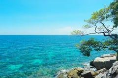 niebieskie niebo w Lipe wyspie Zdjęcia Stock