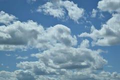 Niebieskie niebo z chmurami w Illinois Zdjęcia Royalty Free