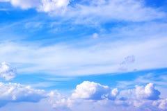 Niebieskie niebo z chmury tłem 171112 0023 Obraz Royalty Free