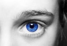 Niebieskie oko chłopiec Zdjęcia Royalty Free